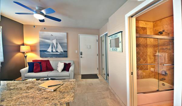 - $145 1br - PACIFIC BEACH- NEW BEAUTIFUL (Pacific Beach)