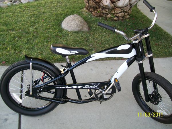 Shamu Sea World Bicycle by Huffy - Collectors Item - $100 (Alpine, Ca)