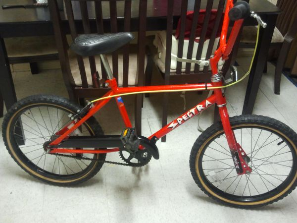GT BMX OLD SCHOOL PERFORMER COLLECTIBLE RARE U.S.A MADE (San diego)