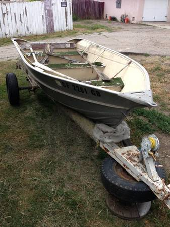 14ft Valco Aluminum Boat With Trailer - $700 (Spring valley)