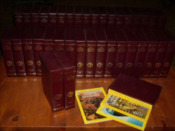 National Geographic In Slipcases 1977 - 1995 36 Binders 18 Years - $100 (San Diego)