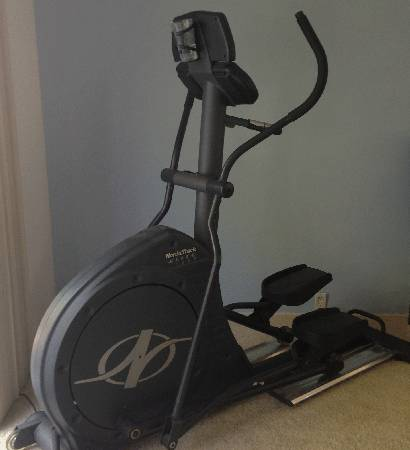 NordicTrack Elite 1300 Elliptical - $500 (Del Cerro)