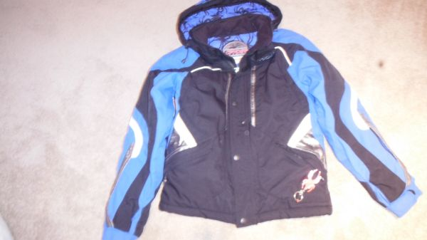 Quality Winter Ski Snowboard Jackets, Pants Snow Boots kids size 4 -16 - $25 (Pt Loma)