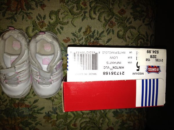 used baby girl shoes for sale -K-Swiss - $5 (Carmel MountainRancho Bernardo)