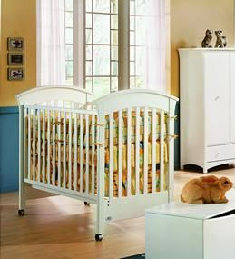 Crib - Morigeau Lepine (White) - Great Condition - $130 (Cardiff)