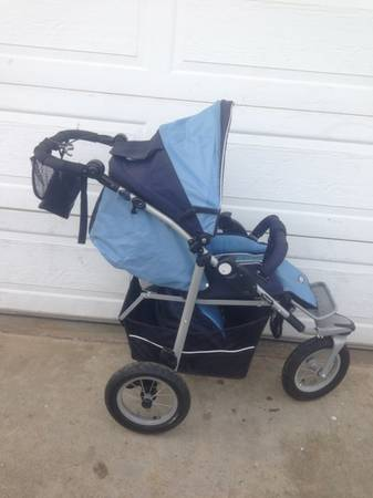 Zooper Boogie Jogging Stroller with Swivel Wheel - $120 (Escondido)