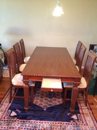 Furniture to sell-couch, loveseat,dining coffee table,bed,end tables - $250 (Point Loma - Liberty Station)