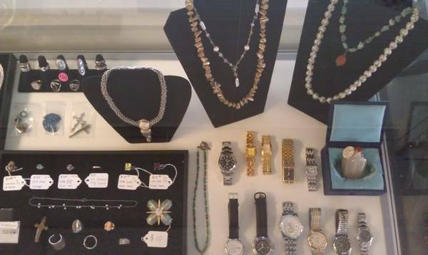 TODAY ONLY... JEWELRY. WATCHES. COINS. ANTIQUES. TOYS. COLLECTABLES... - $1 (7920 Miramar Rd. 125 San Diego)