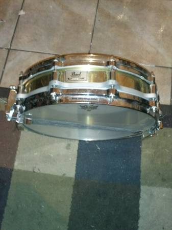 Pearl free floating brass snare - $100 (San Diego)