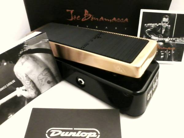 Joe Bonamassa Signature Cry Baby Wah - $170 (Escondido)