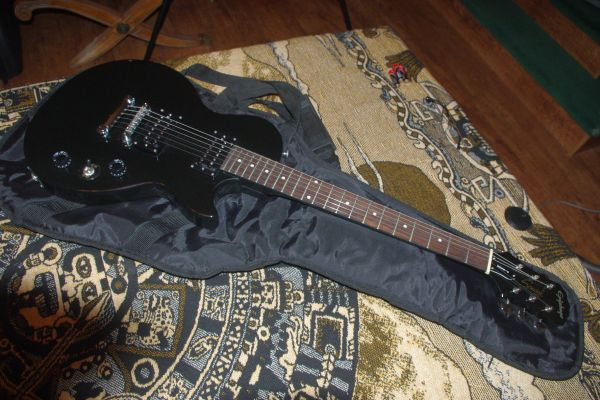 New Epiphone Gibson Special Model Electric Guitar BLACK 175 - $175 (Oceanside)