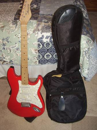 Harmony electric guitar - $90 (Mission Valley East)