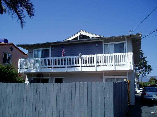 $700 UCSBISLA VISTA Roommate Needed DOWNSTAIRS UNIT (Isla Vista UCSB 6632 Del Playa)