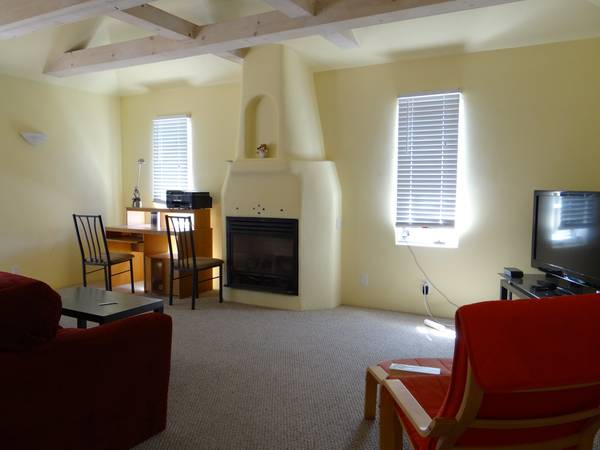 - $775 Shared and Private Rooms for SBCC International Students (walk to SBCC and beach)