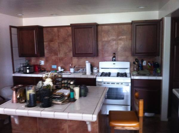 $700 1br - PRIVATE Room Sprg Qtr (Isla Vista)