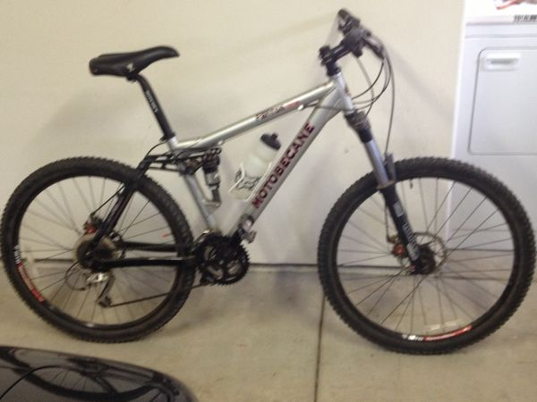 Motobecane Full Suspension (Los Alamos)