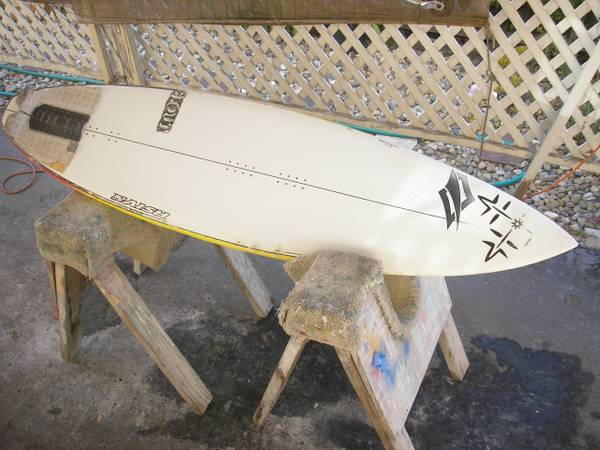 6 0 Naish global epoxy kiteboardsurfboard - $120 (la cumbre mall area)