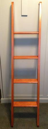Ladder from Pottery Barn Kids Kendall Bunk Beds - $25 (santa barbara)