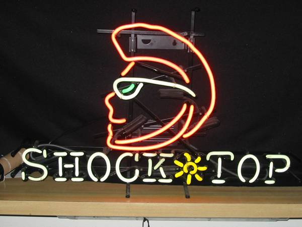 neon beer sign shocktop shock top - $175 (Oxnard CA 93035)