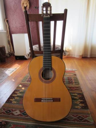 Flamenco Guitar - $800 (VenturaSanta Barbara)