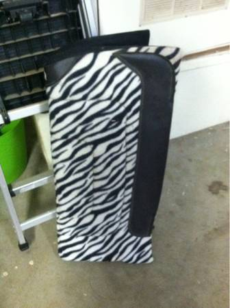 Brand new zebra saddle pad - $60 (OrcuttTempleton)