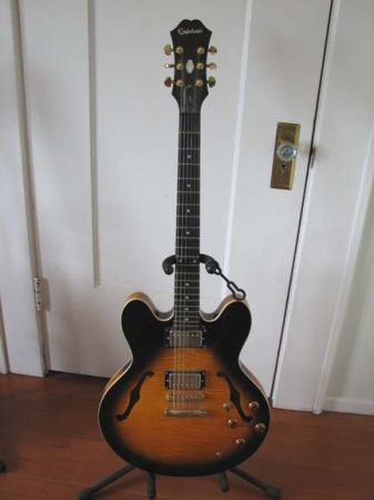 Epiphone Dot Deluxe- vintage flame Sunburst top - $275 (Orcutt)