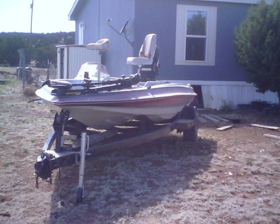 1987 Shadow Bass Boat - $5000 (Show Low Area)