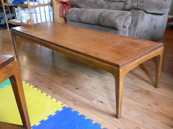 Lane Furniture Coffee Table 3 End Tables (Eagar)