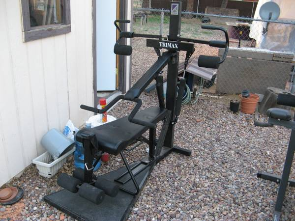 Trimax exercise machine (Lakeside)
