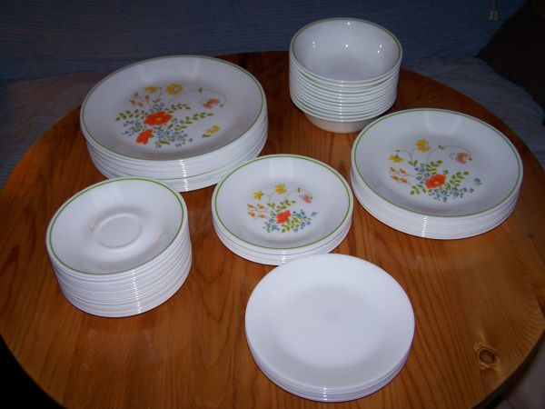 Corelle Dishes Set of Vintage Wildflower Pattern - $325 (Pinetop-Lakeside)