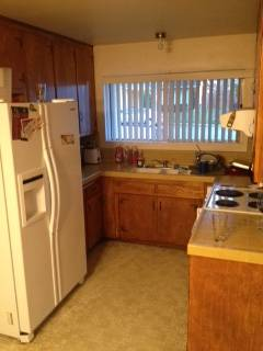 $500750 4br - 2000ftsup2 - 2 Rooms Available July 1st 2013 YEAR LEASE (SLO- Laurel Lane)