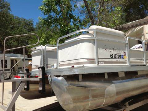 1997 Sweetwater Pontoon Boat 20 - $5000 (Heritage ranch,  Paso Robles, Ca.)