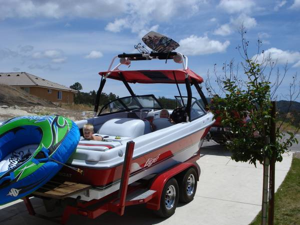 Boat Rental (Lake Nacimiento Lake San Antonio)