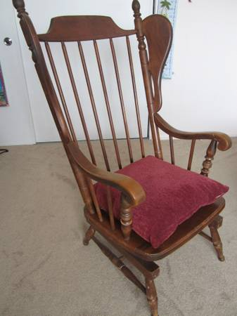 Rocking Chair has hallmark of Tell City Chair Company - $225 (Santa Maria)