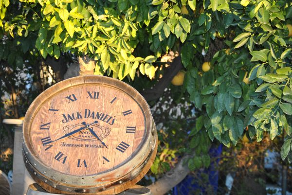 Personalized Wine Barrel Clocks 909-660-9758 (Upland, Ca)