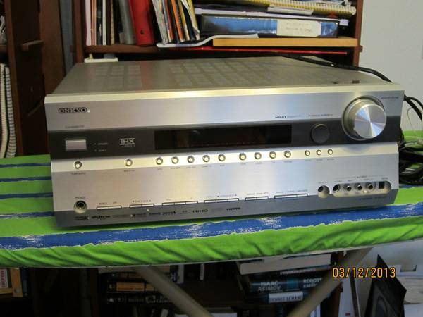 Onkyo 7.1 Channel AV Receiver - $250 (Santa Maria)