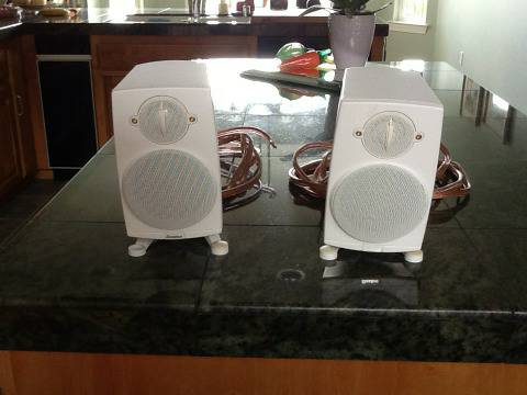 Pair Boston Acoustic Micro 90xMain Stereo Speakers White - $95 (San Luis Obispo)
