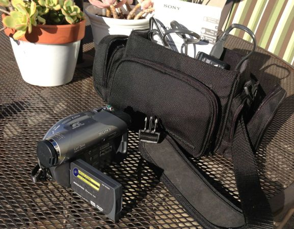 Sony DCR-DVD Video Camera - $90 (SLO)