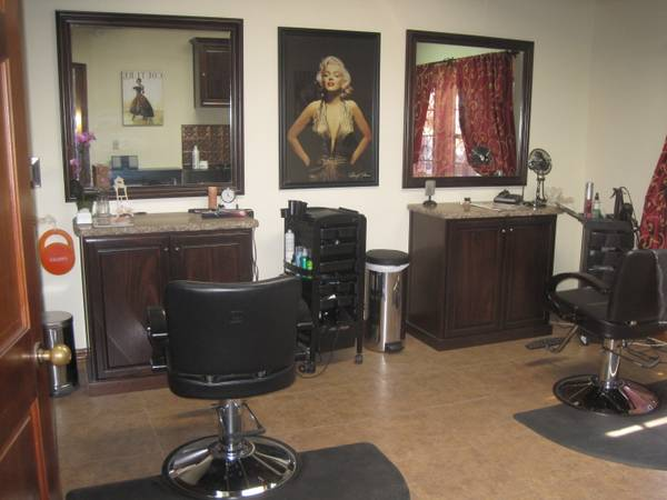 Full Time Hair Stylist (Casa Blanca Salon Templeton)