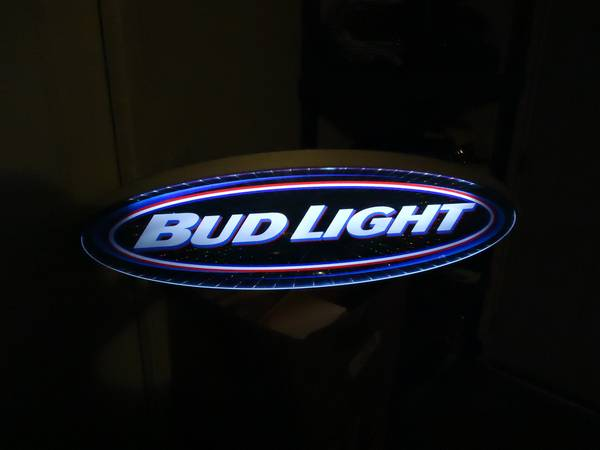 2001 BUD LIGHT 4 FOOT HANGING LIGHTED DISPLAY - $75 (LATHROP,  CENTRAL VALLEY,  BAY AREA)