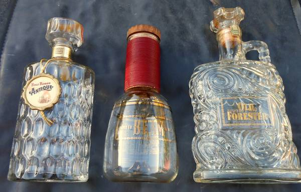 3 Large Vintage WhiskeyLiquor Bottles -- Excellent Condition - $20 (Stockton -- Victory Park Area)