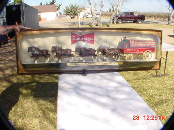 Huge Budweiser Team Bubble Sign - $4000 (Lodi)
