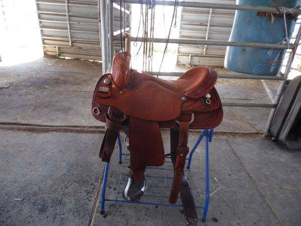 2 WESTERN SADDLE - $600950 (E LINDEN )