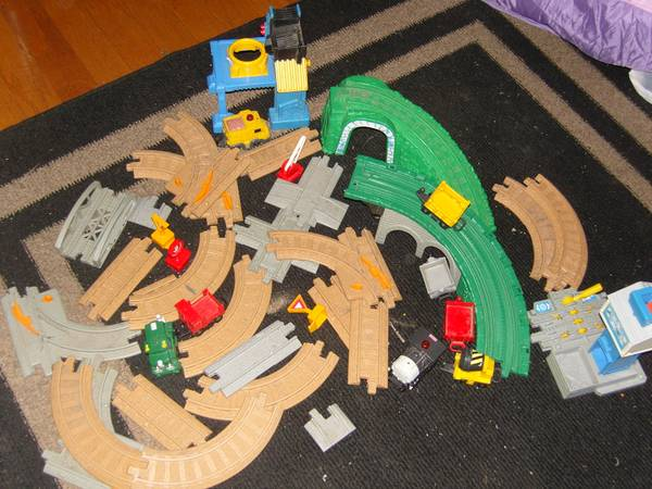 Geotrax, Mickey doll, Princess House and MORE - all must be sold (Tracy)