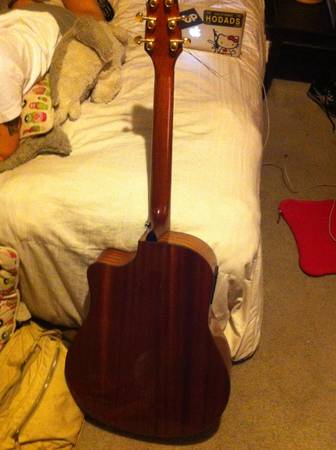 ACOUSTICELECTRIC GUITAR BREEDLOVE model ad25sm - $600 (tracy ca)