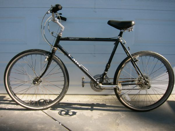 CLASIC UNIVEGA ALPINA UNO HYBRID MOUNTAIN BIKE - $75 (VENTURA)