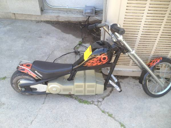 RAZOR ELECTRIC CHOPPER BIKE - $75 (SIMI VALLEY)