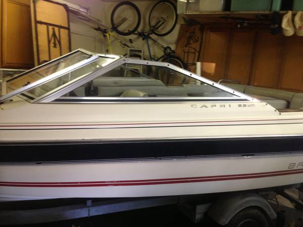 16 and a half foot bayliner - $2350 (Moorpark)