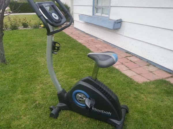 Reebok RT 300 Exercise Bike - $130 (oxnard)
