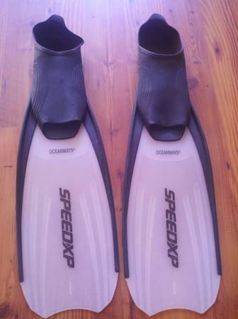 Oceanways SpeedXP dive fins - $25 (Thousand Oaks)